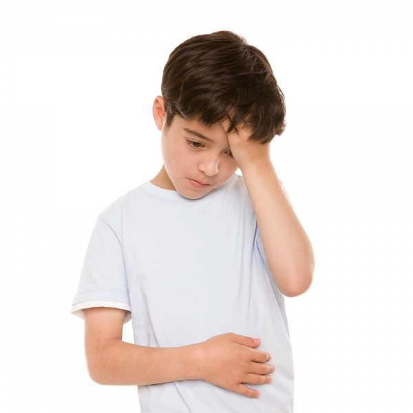 3 dấu hiệu chứng tỏ trẻ bị đau dạ dày