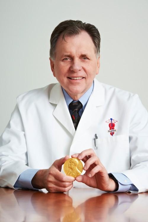 Phát hiện vi khuẩn Hp - Thí nghiệm nổi tiếng, nguy hiểm nhất trong y khoa 1