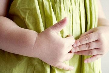 Cẩn trọng với chứng đau dạ dày ở trẻ em
