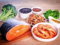Trẻ bị đau dạ dày nên ăn gì?